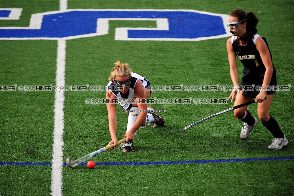 Staples High School Field Hockey..Staples defeats Trumbull 6-1..Emily Ashken (SR)(C)