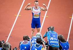 Richard Kilty of Great Britain celebrates in front of photographers after winning in the 60m Men Final on day two of the 2017 European Athletics Indoor Championships at the Kombank Arena on March 4, 2017 in Belgrade, Serbia. Photo by Vid Ponikvar / Sportida