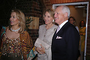 The Begum Inaara Aga Khan and Mr. and Mrs. Winston Churchill. Cartier dinner after thecharity preview of the Chelsea Flower show. Chelsea Physic Garden. 23 May 2005. ONE TIME USE ONLY - DO NOT ARCHIVE  © Copyright Photograph by Dafydd Jones 66 Stockwell Park Rd. London SW9 0DA Tel 020 7733 0108 www.dafjones.com