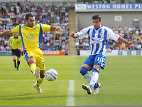 Photo: Tony Oudot/Richard Lane Photography.Colchester United v Leeds United. Coca Cola League One. 29/08/2009. <br /> Simon Hackney of Colchester gets a shot in past Jason Crowe of Leeds