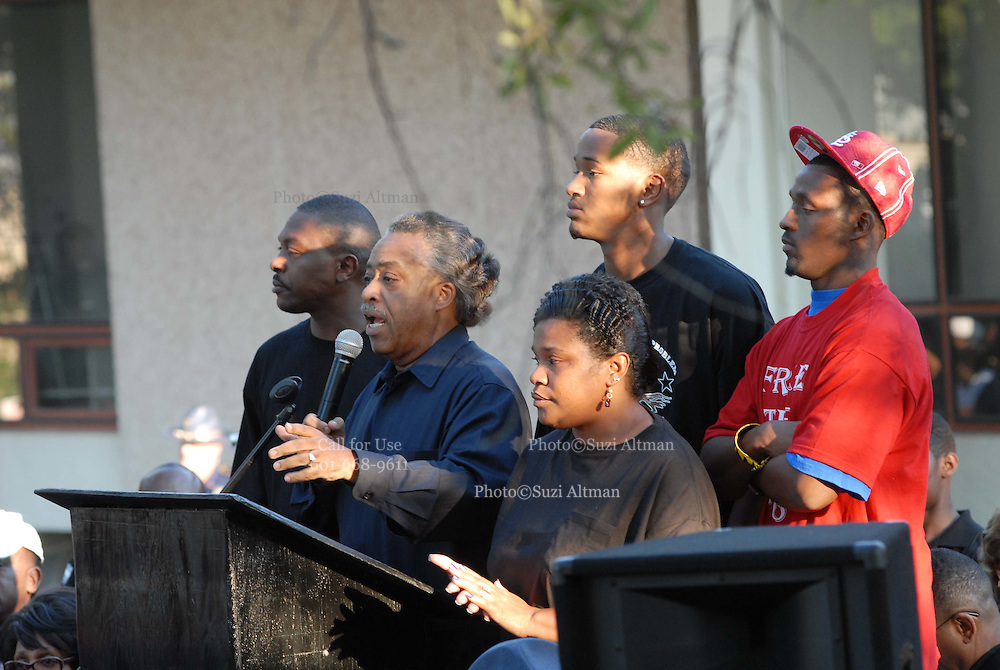"""Sep 20, 2007 - Jena, LA, USA - Rev. AL SHARPTON is joined by two of the Jena 6, on his left and Mrs. Bell, Mychal's mom in front of the LaSalle parish court house Thursday Sept.20,2007. The plight of the """"Jena Six"""", a group of black teenagers who were initially charged with attempted murder after beating a white classmate, has provoked one of the biggest civil rights demonstrations in the US in recent years. Protesters converged on the small Louisiana town of Jena to demonstrate against what they said was a double standard of prosecution for blacks and whites. They came in their thousands, protesters from across the United States carrying banners and signs that declared """"Free the Jena six"""" and """"Enough is enough"""". (Credit Image: © Suzi Altman/ZUMA Press).."""