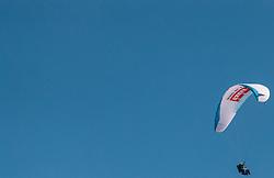 THEMENBILD - ein Gleitschirm aufgenommen am 28. März 2017, Zwölferkogel, Saalbach Hinterglemm, Österreich // a Paraglider at the, Zwoelferkogel, Saalbach Hinterglemm, Austria on 2017/04/10. EXPA Pictures © 2017, PhotoCredit: EXPA/ JFK