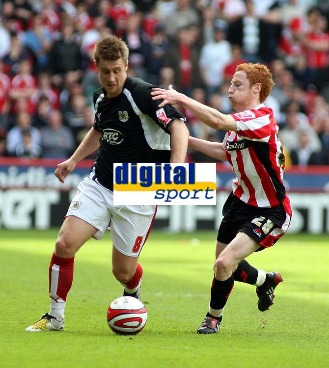 Photo: Mark Stephenson/Richard Lane Photography. <br /> Sheffield United v Cardiff City. Coca-Cola Championship. 19/04/2008. <br /> Bristol's David Noble gets the better of Sheffield's Michael Tonge