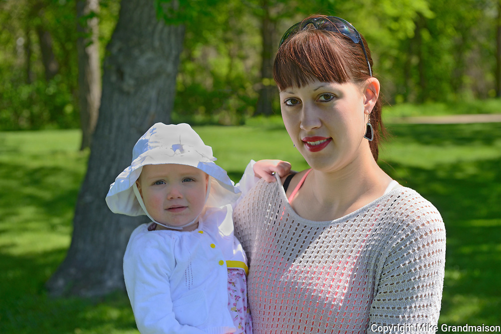 Mother and daughter<br />Winnipeg<br />Manitoba<br />Canada