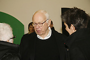 Ellsworth Kelly, Ellsworth Kelly exhibition opening. Serpentine Gallery and afterwards at the River Cafe. London. 17 March 2006. ONE TIME USE ONLY - DO NOT ARCHIVE  © Copyright Photograph by Dafydd Jones 66 Stockwell Park Rd. London SW9 0DA Tel 020 7733 0108 www.dafjones.com