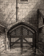 The Tower of London: Traitor's Gate, the water gate from the River Thames through which many prisoners, including Elizabeth I, were brought into the Tower. Engraving.