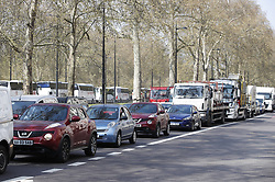 © Licensed to London News Pictures. 15/04/2019. London, UK. Traffic backs up on Park Lane as Extinction Rebellion member's blockades take hold throughout London and other UK cities to highlight global climate change. Photo credit: Peter Macdiarmid/LNP