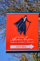 France, Seine-Maritime (76), Pays de Caux, Côte d'Albâtre, Etretat, le Clos Lupin, musée d' Arsène Lupin // France, Seine-Maritime (76), Pays de Caux, Côte d'Albâtre, Etretat, le Clos Lupin, Arsène Lupin museum