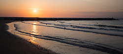THEMENBILD - Blick ins Meer während des Sonnenaufgangs, aufgenommen am 23.08.2015 in Caorle, Italien // sea view during sunrise in Caorle, Italia on 2015/08/23. EXPA Pictures © 2015, PhotoCredit: EXPA/ Jakob Gruber