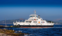 Cars disembark from the  Calmac ferry 'Loch Shira' on the island of Great Cumbrae of the west coast of Scotland<br /> <br /> (c) Andrew Wilson   Edinburgh Elite media