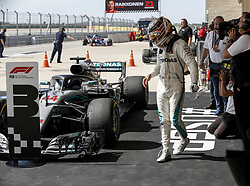 October 22, 2018 - Austin Austin, United States United States - Motorsports: FIA Formula One World Championship; 2018; Grand Prix; United States, FORMULA 1 PIRELLI 2018 UNITED S GRAND PRIX , Circuit of The Americas Motorsports: FIA Formula One World Championship; 2018; Grand Prix; United States, FORMULA 1 PIRELLI 2018 UNITED S GRAND PRIX , Circuit of The Americas#44 Lewis Hamilton (GBR, Mercedes AMG Petronas F1 Team) (Credit Image: © Hoch Zwei via ZUMA Wire)