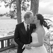 Stormy Winter Kiss | Lake Tahoe Wedding Photography Portfolio| Edgeweood | Stateline, Nevada