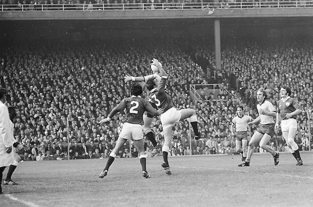 Galway players jump to grab the ball during the All Ireland Senior Gaelic Football Championship Final Dublin V Galway at Croke Park on the 22nd September 1974. Dublin 0-14 Galway 1-06.