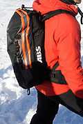 Lech - een jaar na het ongeluk met Prins Friso /// Lech - a year after the accident with Prince Friso<br /> <br /> Op de foto / On the photo:  Een ABS Lawinenairbag ///An ABS Avalanche Airbag
