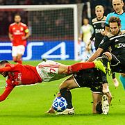 NLD/Amsterdam/20181023 - Champions Leaguewedstrijd  Ajax - SL Benfica, nr.17 Daley Blind, nr.27 Rafa Silva word gevloerd