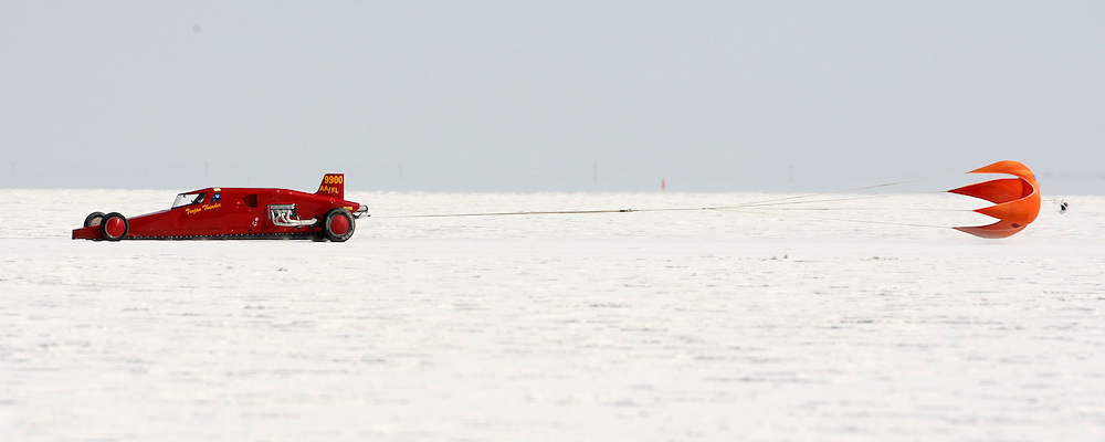 Best cars-people-atmosphere-photos of 2009 Bonneville Speed Week- Stan Settles-Trojan Thunder Lakester, owned and driven by Stan Settles of Long Beach, CA. makes a run at the Bonneville Speed Way. August 9, 2009.  Photo by Colin E. Braley
