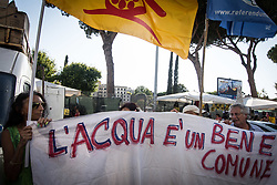 July 31, 2017 - Rome, Italy - Demonstration against Acea ''Get your hands off the lake of Bracciano '' Without water Rome and the Metropolitan City die. (Credit Image: © Andrea Ronchini/Pacific Press via ZUMA Wire)