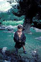 Pakistan, Khyber Pakhtunkhwa, Region de Chitral, Tribu Kalash  // Kalash ethnic group,Rumbur valley, Chitral area, Khyber Pakhtunkhwa, Pakistan.