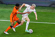 Jurrien Timber of the Netherlands battles for possession with Michael Krmencik of Czech Republic during the UEFA Euro 2020, Round of 16 football match between Netherlands and Czech Republic on June 27, 2021 at Puskas Arena in Budapest, Hungary - Photo Andre Weening / Orange Pictures / ProSportsImages / DPPI