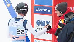 24.03.2013, Planica, Kranjska Gora, SLO, FIS Ski Sprung Weltcup, Skifliegen, Finale, im Bild Wolfgang Loitzl (AUT) und Gregor Schlierenzauer (AUT) // Wolfgang Loitzl of Austria and Wolfgang Loitzl of Austria during his 2nd jump of the FIS Skijumping Worldcup Flying Hill, Planica, Kranjska Gora, Slovenia on 2013/03/24. EXPA Pictures © 2012, .PhotoCredit: EXPA/ Juergen Feichter