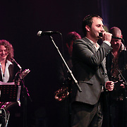 NLD/Huizen/20110916 - South Sea Jazz 2011, optreden The Very Next, zanger Paul van Kessel