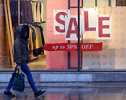 © Licensed to London News Pictures. 20/12/2012. London, UK Shops have started their traditional Christmas Sales as the latest retail sales figures are revealed, shoppers are urged to use smaller shops if they want to keep them alive. Fears that consumers are reining in their spending ahead of Christmas were fuelled after the latest retail figures showed a 0.1% rise in retail sales in November. Photo credit : Stephen Simpson/LNP
