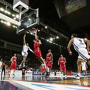 Anadolu Efes's Jordan Farmar  (C) during their Turkish Airlines Euroleague Basketball playoffs Game 4 Anadolu Efes between Olympiacos at Abdi ipekci Arena in Istanbul, Turkey, Friday, April 19, 2013. Photo by Aykut AKICI/TURKPIX