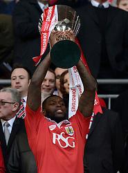 Bristol City's Jay Emmanuel-Thomas  lifts the JPT trophy  - Photo mandatory by-line: Joe Meredith/JMP - Mobile: 07966 386802 - 22/03/2015 - SPORT - Football - London - Wembley Stadium - Bristol City v Walsall - Johnstone Paint Trophy Final