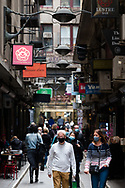 People flock back to Degraves Street in the CBD during the COVID-19 in Melbourne. With over a week of zero cases in Victoria, Premier Daniel Andrews is expected to make major announcements on Sunday about further easing of restrictions. (Photo by Dave Hewison/Speed Media)