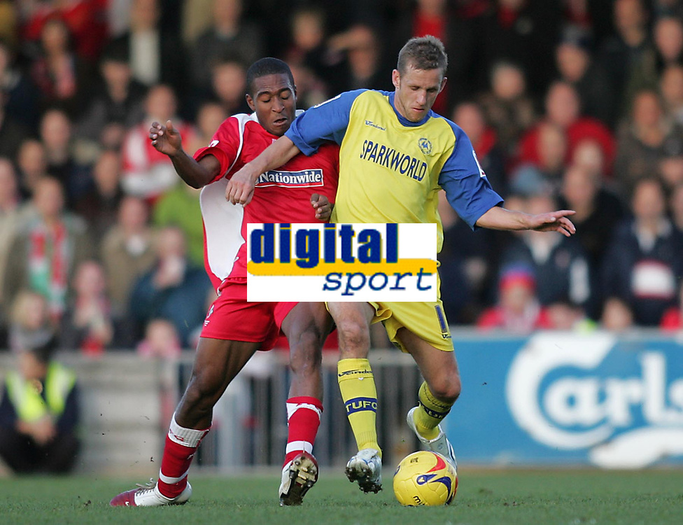 Photo: Lee Earle.<br /> Torquay United v Swindon Town. Coca Cola League 2. 18/11/2006. Swindon's Ricky Shakes (L) battles with Kevin Hill.