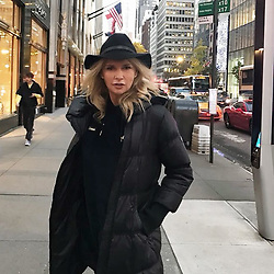 "Veronica Ferres releases a photo on Instagram with the following caption: ""Stadtbummel durch #NewYork - ich mag diese Stadt einfach zu gern!! \ud83d\udc93\ud83d\uddfd K\u00f6nnt ihr mir besonders sch\u00f6ne Ecken empfehlen? \ud83d\ude0d\ud83c\uddfa\ud83c\uddf8.\n.\n.\n#nyc #ny #bigapple #strolling #usatrip #nytrip #wiw #blondwalk #nycity #usa"". Photo Credit: Instagram *** No USA Distribution *** For Editorial Use Only *** Not to be Published in Books or Photo Books ***  Please note: Fees charged by the agency are for the agency's services only, and do not, nor are they intended to, convey to the user any ownership of Copyright or License in the material. The agency does not claim any ownership including but not limited to Copyright or License in the attached material. By publishing this material you expressly agree to indemnify and to hold the agency and its directors, shareholders and employees harmless from any loss, claims, damages, demands, expenses (including legal fees), or any causes of action or allegation against the agency arising out of or connected in any way with publication of the material."