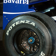 NLD/Rotterdam/20060418 - Persconferentie Rotterdam Racing 2006, F1 auto, wiel, naaf, velg, spoiler