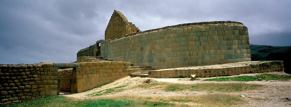 ECUADOR, PREHISPANIC, INCA Ingapirca; Inca site, Sun Temple