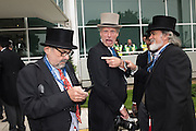 ALAN DAVIDSON; HUGO BURNAND; DAVE BENETT, 2016 Investec Derby, Epsom Downs.  4 June 2016