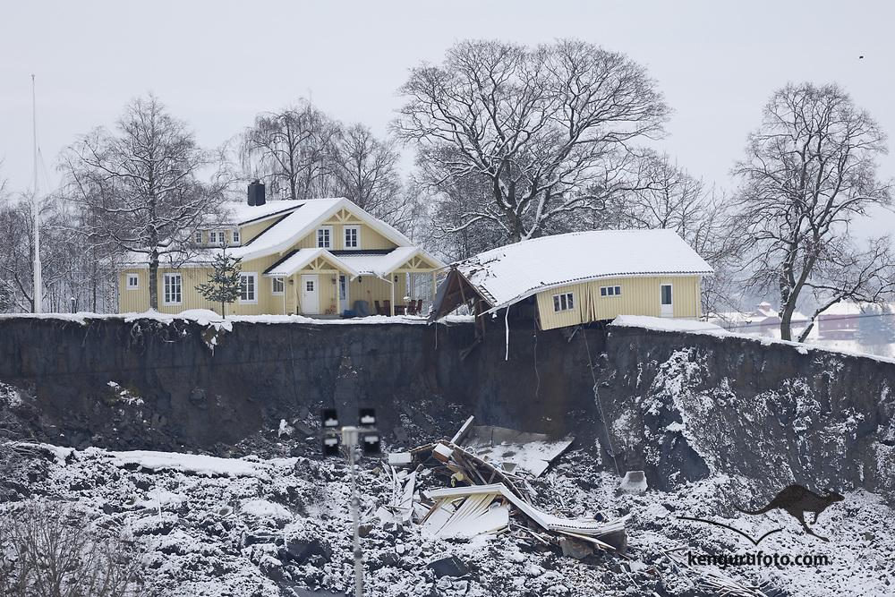 Ask 20210102. <br /> Rasområdet ved Ask i Gjerdrum. Flere boliger ble tatt av jordskredet og ni personer er savnet. Over 1000 personer i området er evakuert.<br /> Foto: Tor Erik Schrøder / NTB
