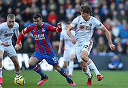 Crystal Palace's James McArthur is challenged by Sheffield United's Sander Berge during the Premier League match at Selhurst Park, London. Picture date: 1st February 2020. Picture credit should read: Paul Terry/Sportimage