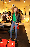 Camilla al Fayad. H&M Flagship Store launch. at 17-21 Brompton Road, Knightsbridge. London. SW1. 23  March 2005. ONE TIME USE ONLY - DO NOT ARCHIVE  © Copyright Photograph by Dafydd Jones 66 Stockwell Park Rd. London SW9 0DA Tel 020 7733 0108 www.dafjones.com