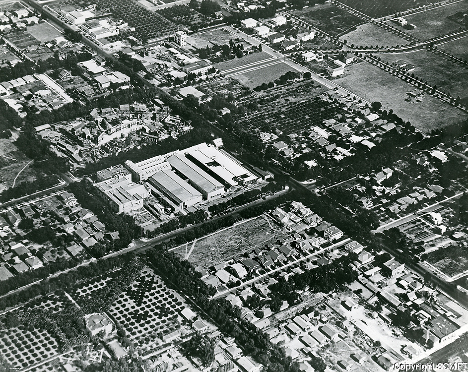 1920 Aerial photo of Famous Players Lasky Studios