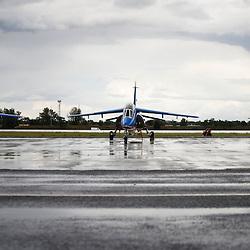 Meeting aérien de la Base Aérienne 113 de Saint-Dizier, le samedi 18 juin 2011.<br /> juin 2011 / Saint Dizier / Haute-Marne (52) / FRANCE<br /> Cliquez ci-dessous pour voir le reportage complet (171 photos) en accès réservé<br /> http://sandrachenugodefroy.photoshelter.com/gallery/2011-06-Meeting-de-la-Base-Aerienne-113-de-Saint-Dizier-Complet/G0000x.zsyIw_x.g/C0000yuz5WpdBLSQ