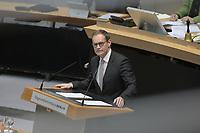 DEU, Deutschland, Germany, Berlin, 26.03.2020: Abgeordnetenhaus Berlin, Berlins Regierender Bürgermeister Michael Müller (SPD) bei einer Rede zur Coronakrise.