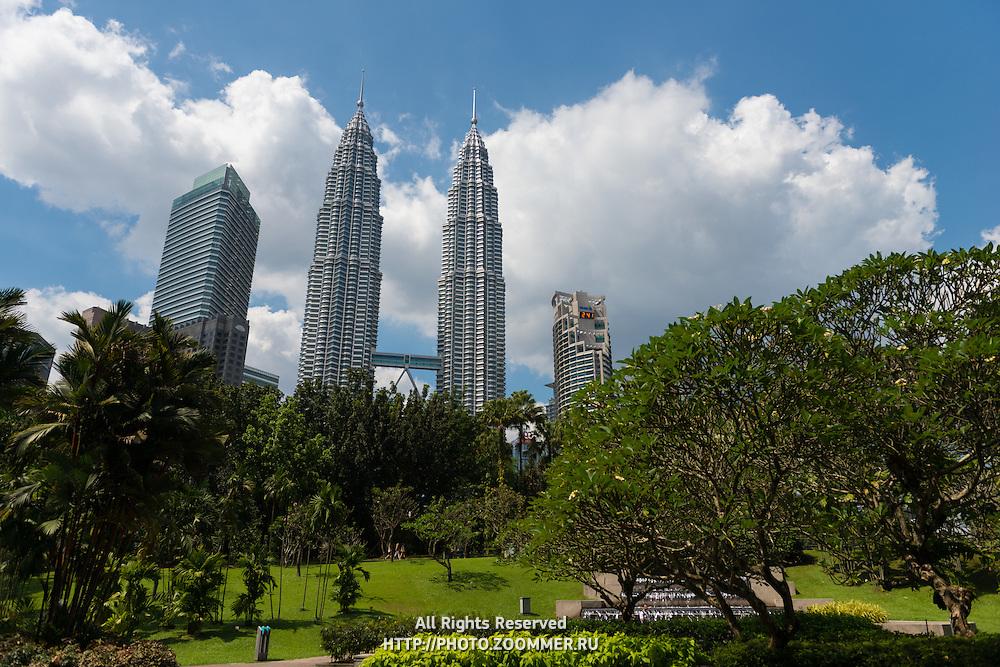 Petronas Twin Towers and city center park KLCC, Kuala Lumpur, Malaysia
