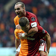 Galatasaray's and Akhisar Belediye Genclik ve Spor's during their Turkish Super League soccer match Galatasaray between Akhisar Belediye Genclik ve Spor at the AliSamiYen Spor Kompleksi TT Arena at Seyrantepe in Istanbul Turkey on Sunday, 20 December 2015. Photo by Aykut AKICI/TURKPIX
