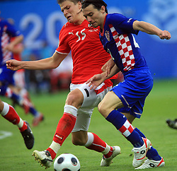 Sebastian Prodl of Austria and Danijel Pranjic of Croatia during the UEFA EURO 2008 Group B soccer match between Austria and Croatia at Ernst-Happel Stadium, on June 8,2008, in Vienna, Austria.  (Photo by Vid Ponikvar / Sportal Images)