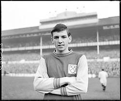 Martin Peters, West Ham United