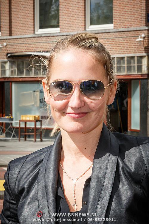 NLD/Amsterdam/20150526 - Boekpresentatie Huisje, Boompje, Buikje van Bastiaan Ragas, Peggy Vrijens