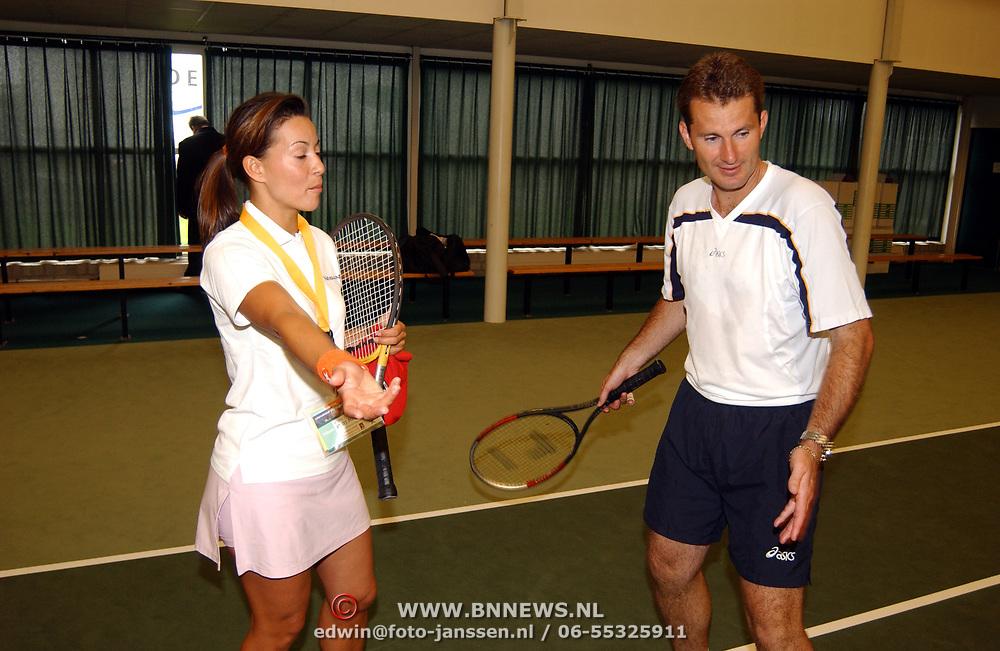 Tennisclinic Hilversum Open 2004, Sandy Kandau en Jacco Eltingh