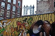 New York. Brooklyn. Dumbo.  artist leaving under the Brooklyn and Manhattan bridges  Brooklyn New York - United states /  Dumbo, quartier des docks occupes par les artistes sous les ponts de Manhattan et de Brooklyn  Brooklyn New York - Etats-unis