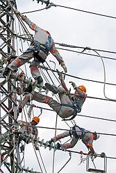 Sao Caetano do Sul-SP -  05/2003.AES-Eletropaulo . Estaçao de Chaves de Sao Caetano do Sul./ Electric Energy Station in Sao Caetano do Sul city..Foto © Marcos Issa/Argosfoto