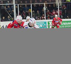 28.12.2018, Stadthalle, Klagenfurt, AUT, EBEL, EC KAC vs EC VSV, 32. Runde, im Bild Thomas HUNDERTPFUND (EC KAC, #27), Blaine Down (EC Panaceo VSV, #79) // during the Erste Bank Eishockey League 32th round match between EC KAC and EC VSV at the Stadthalle in Klagenfurt, Austria on 2018/12/28. EXPA Pictures © 2018, PhotoCredit: EXPA/ Gert Steinthaler