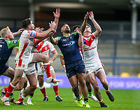 Players compete for the ball <br /> <br /> Photographer Alex Dodd/CameraSport<br /> <br /> Rugby League - Betfred Challenge Cup Quarter Finals - St Helens v Huddersfield Giants - Friday 7th May 2021 - Emerald Headingley Stadium - Leeds<br /> <br /> World Copyright © 2021 CameraSport. All rights reserved. 43 Linden Ave. Countesthorpe. Leicester. England. LE8 5PG - Tel: +44 (0 116 277 4147 - admin@camerasport.com - www.camerasport.com